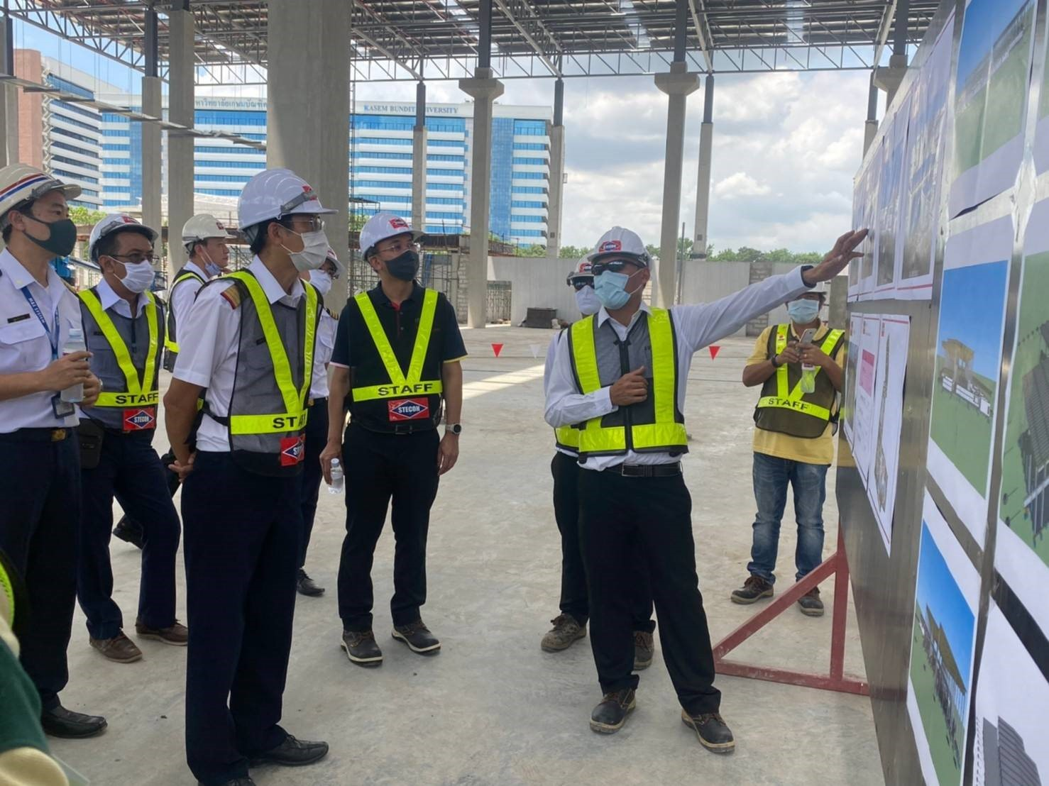 MRTA inspects the MRT Pink Line Project construction progress